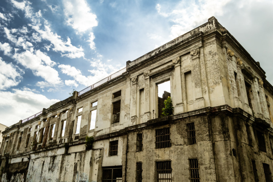 Ruins of the Intendencia at sunset