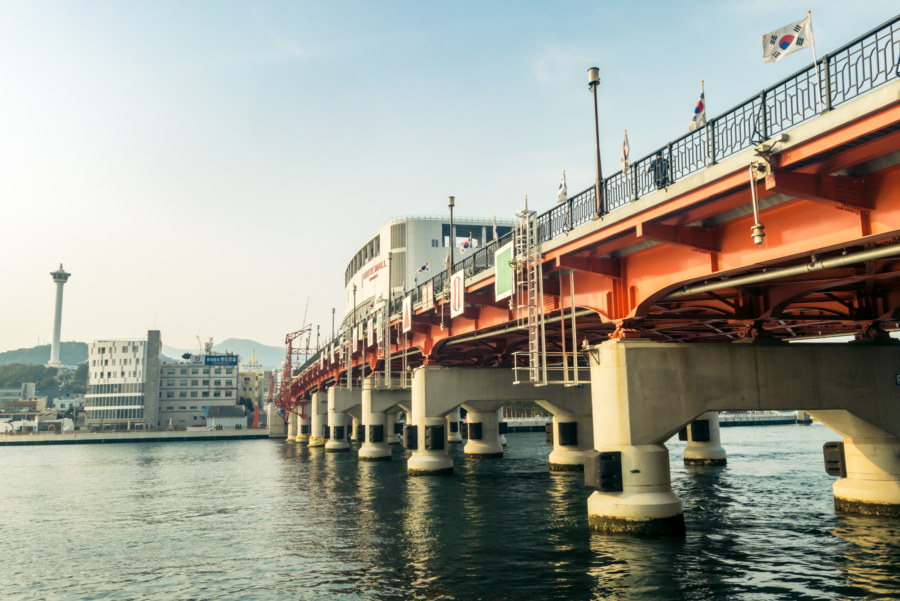 The far side of Yeongdo Bridge