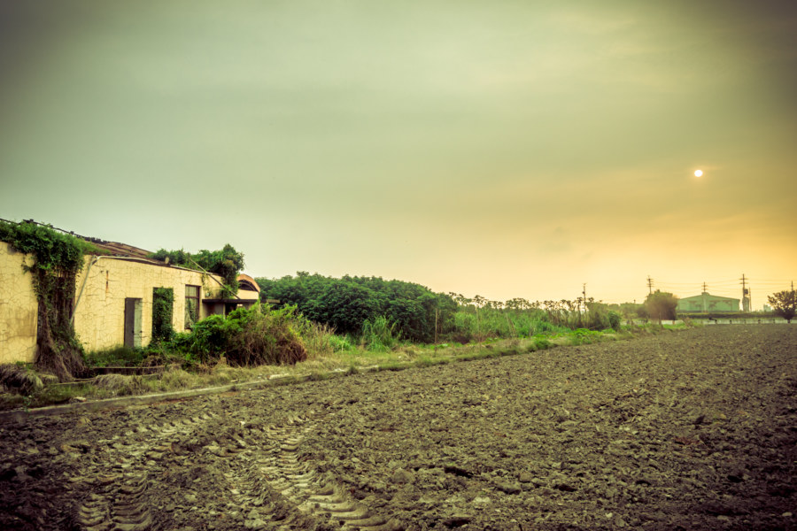 An abandoned home in the Changhua countryside