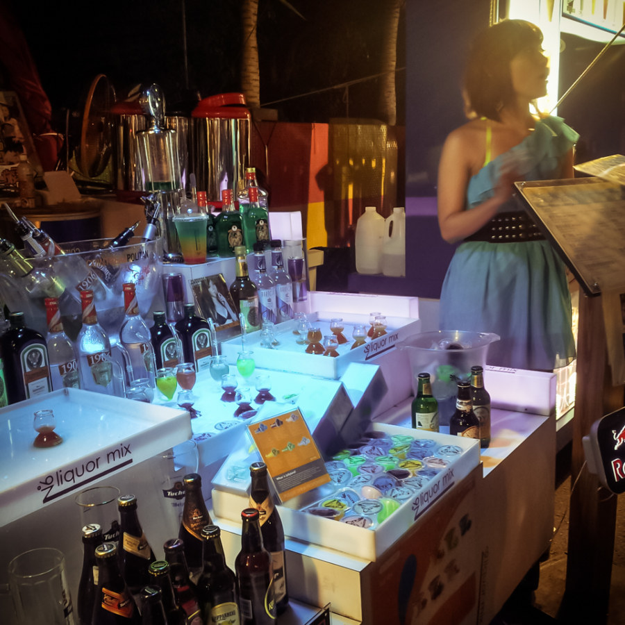 Not the usual night market stall; Kenting has pop-up bars on the