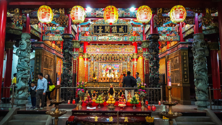 Inside Dianji Temple 奠济宫